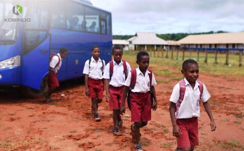 Siswa Kabupan Bavon Digoel Papua yang difasilitasi layanan antar jempu sekolah oelh perusahaan Korindo I Korindo