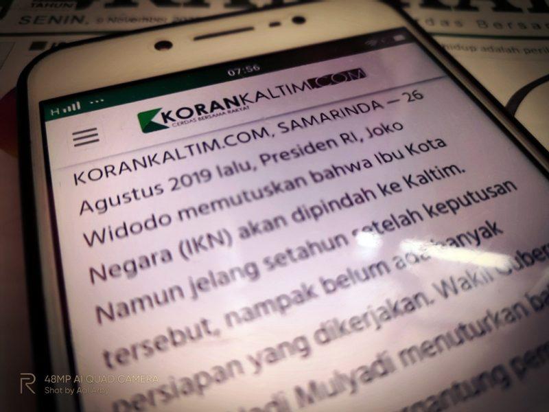 Menikmati Koran kaltim dalam web site korankaltim.com lebih informatif I Dokumentasi pribadi